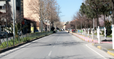 Nesër mos dilni me makinë në Tiranë, mund të ngecni disa orë në trafik: Rrugët që bllokohen